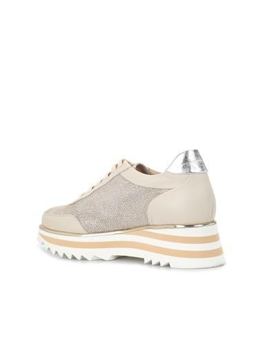 Divarese 5024251 Geometrik Tabanlı Kadın Deri Ayakkabı Krem